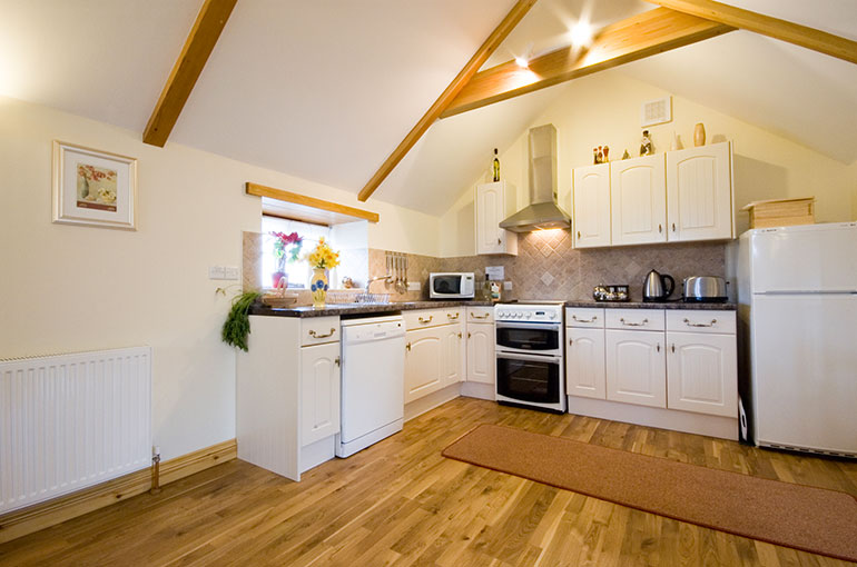 Trebowan Cottage - sleeps 4 + cot